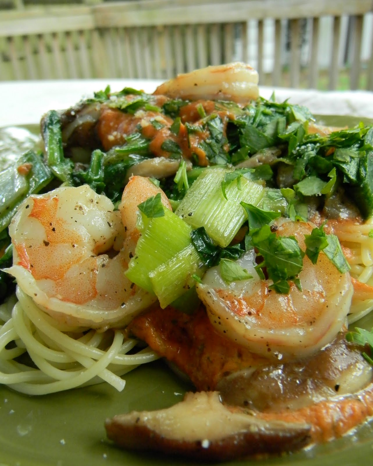 ... minutes add to pasta shrimp and vegetables and toss together to serve