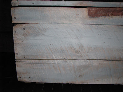 DIY Rustic Painted Chest {rainonatinroof.com} #rustic #chest #DIY