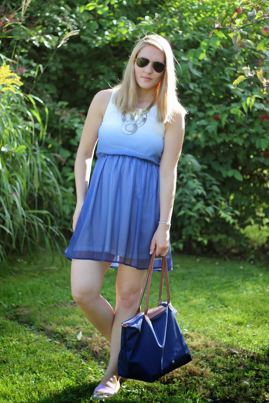 Fashionblogger Austria / Österreich / Deutsch / German / Kärnten / Carinthia / Klagenfurt / Köttmannsdorf / Spring Look / Classy / Edgy / Summer / Summer Style 2014 / Summer Look / Fashionista Look /   / Summer Look / Dress / H&M / Longchamp Le Pliage Large Blue / Pink Espadrilles H&M Blogger Must Have / Big Silver Statement Necklace Oasap / Ray Ban Aviator Sunglasses /