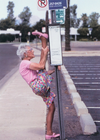 Old Women In Yoga Pants - Pant Uhr