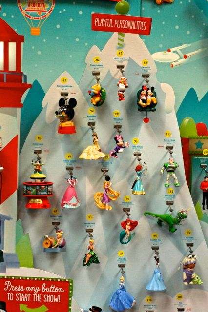 Disney Musings: Hallmark Keepsake Ornament Premiere Weekend 2013