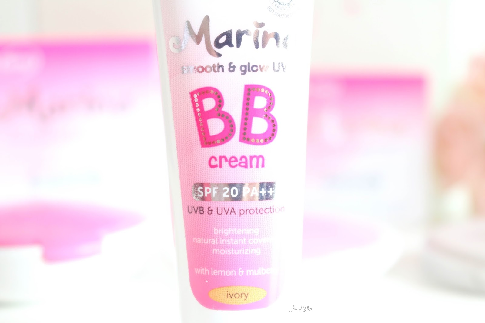 review, marina, marina smooth and glow, bb cream, two way cake, powdery foundation, compact powder, drugstore, makeup, makeup murah, smooth and glow uv, saatnya bersinar, bb cream, marina bb cream