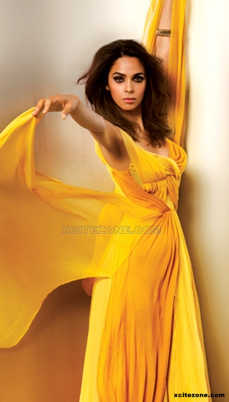 Mallika Sherawat in yellow dress - (3) - Mallika Sherawat Hot unseen photo Gallery 