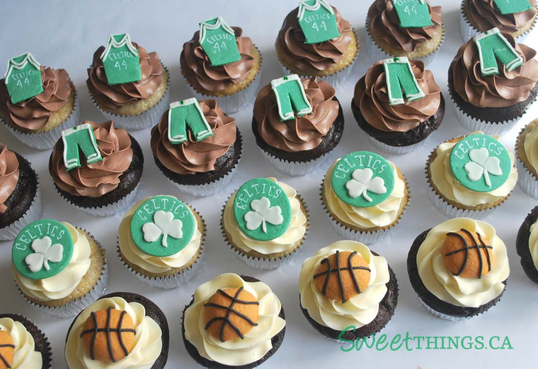 Chocolate Sour Cream And Banana Cupcakes Topped With Handmade Sugarpaste Boston Celtics Designs Have A Great Week