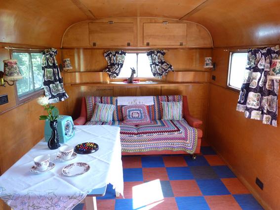 Unas vacaciones vintage vintage vacation - Interior caravanas decoracion fotos ...