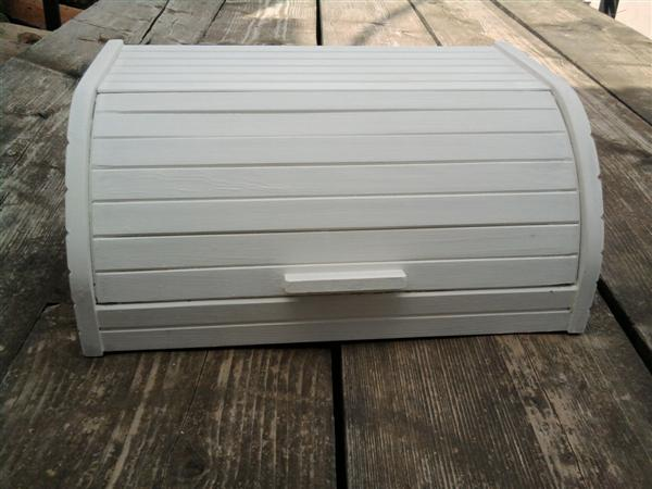 Hayu maselli shabby chic interiors bread box porta pane - Portapane ikea ...