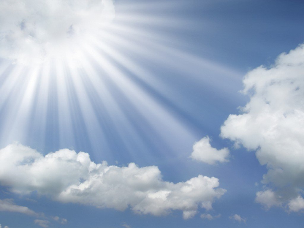 Blue Sky Clouds and Sun Rays Free Download Wallpaper