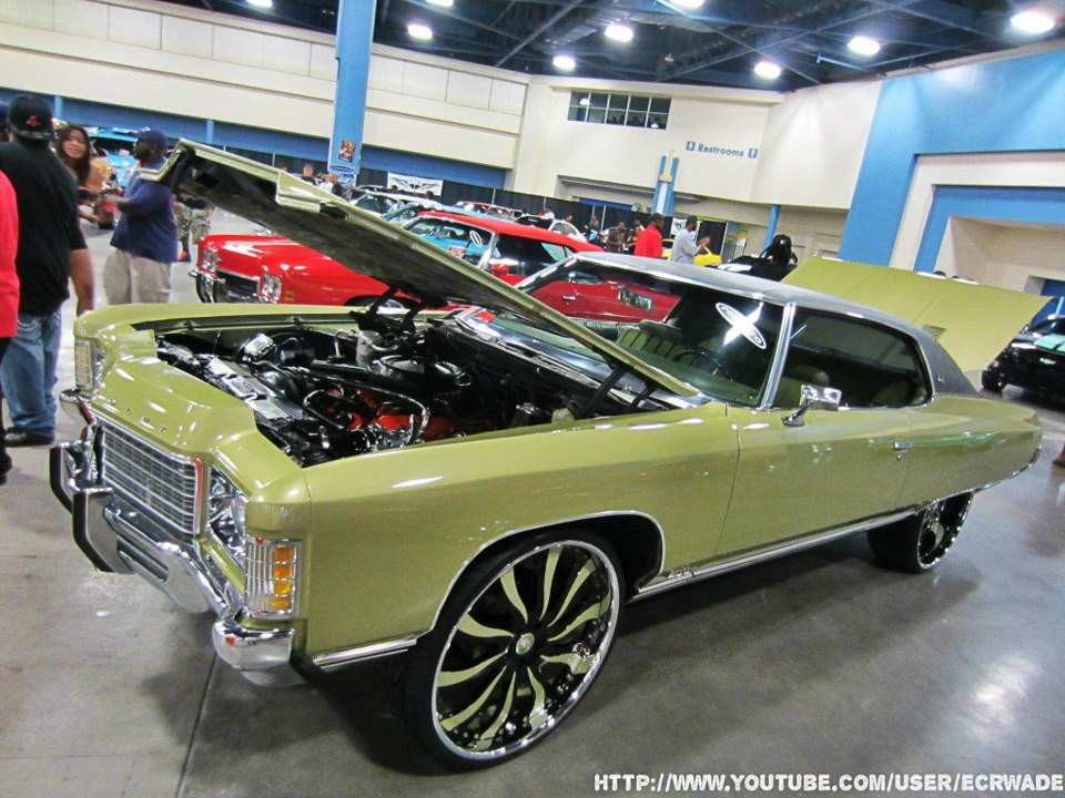 Whips By Wade: MMAT\'s In the Trunk Of This Old School Chevy