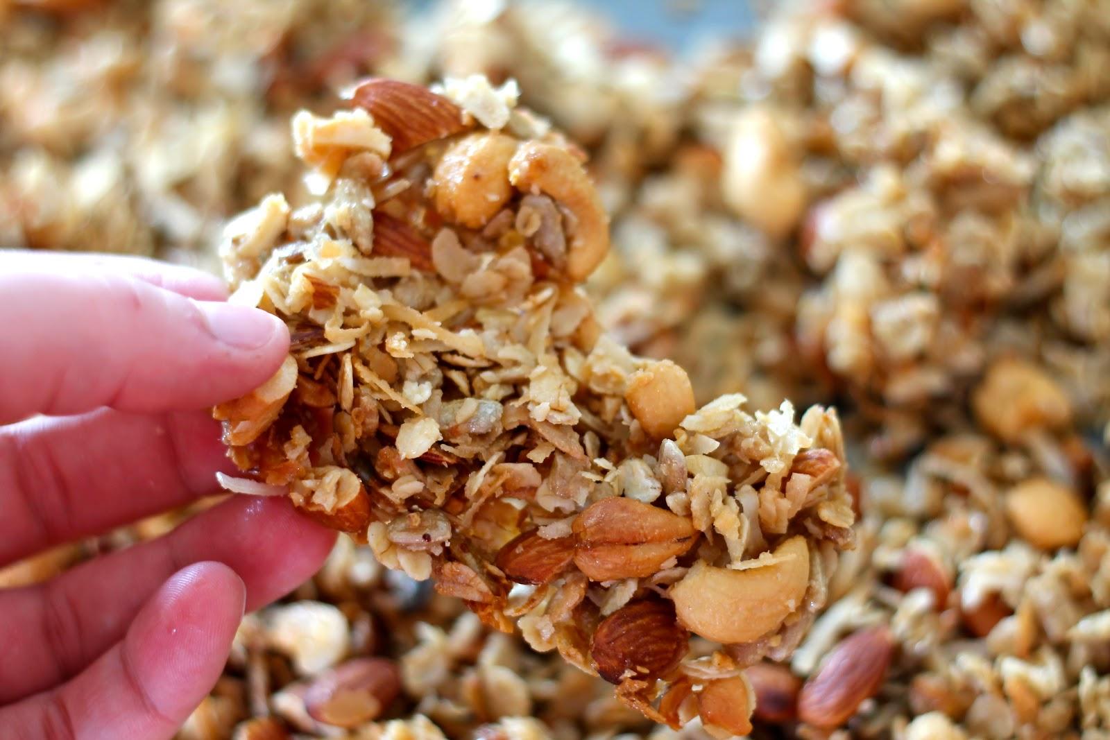 Mrs. Schwartz's Kitchen: The Best Granola