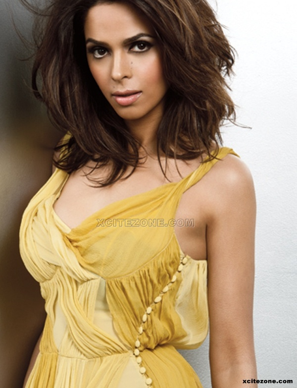 Mallika Sherawat - Mallika Sherawat Hot unseen photo Gallery 