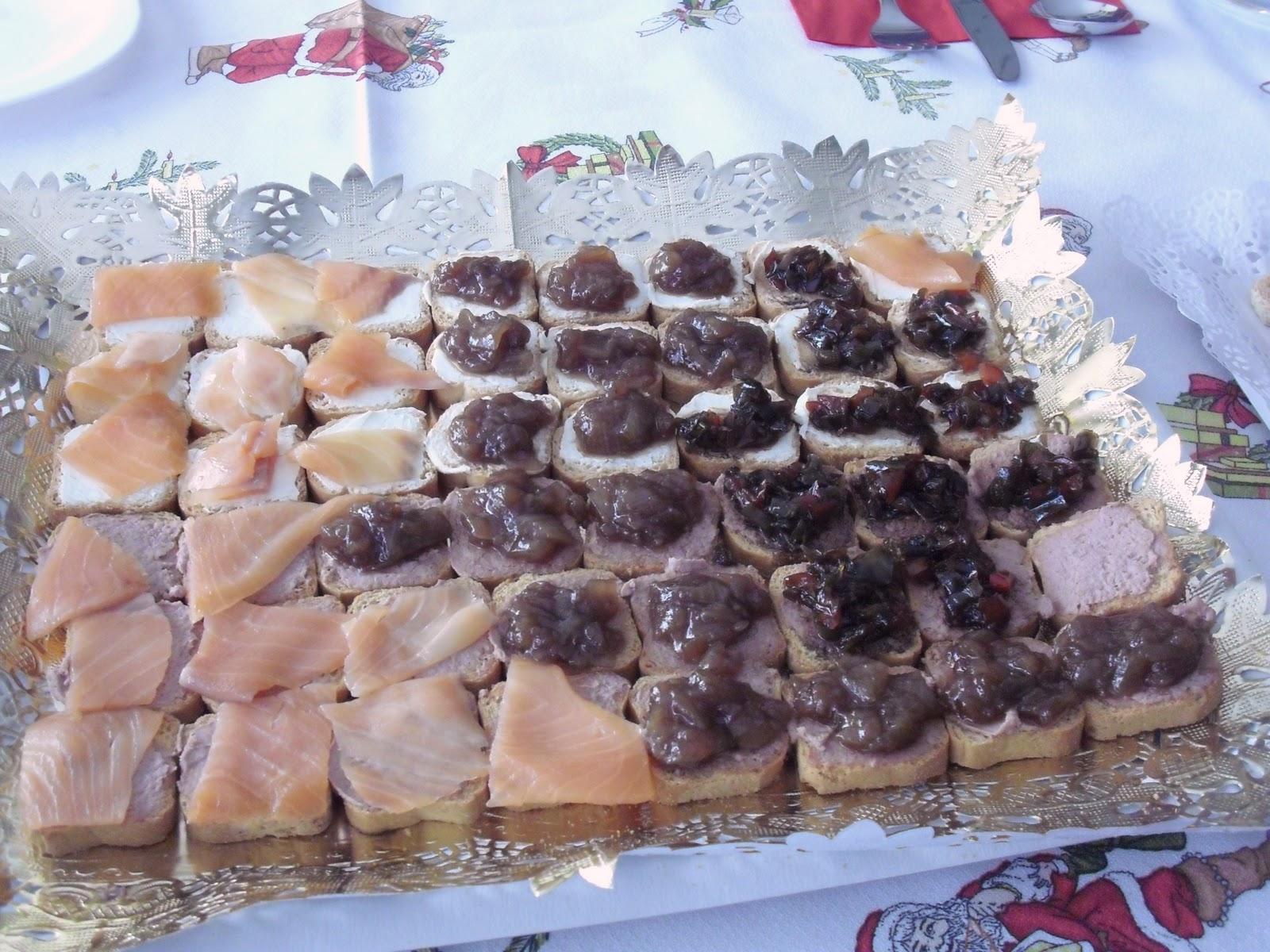 Navidad en familia for Canape de pate con cebolla caramelizada