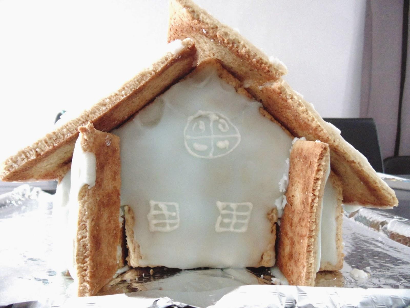 Gateau gaga love cakes maison en pain d 39 pices - Cuillere a miel ikea ...
