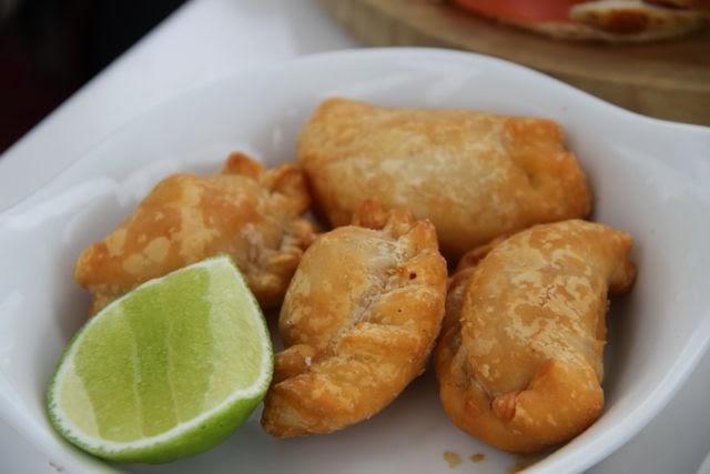 empanadas de pollo del Restaurante Lido de miami. Blog Esteban Capdevila