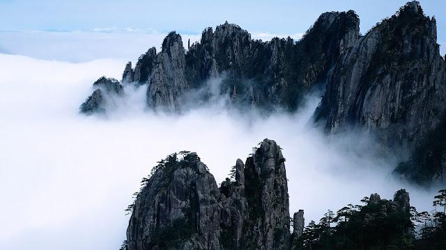 Beauty Foggy Mountain