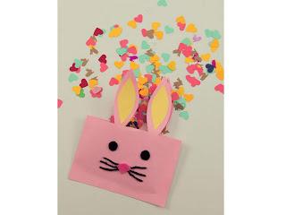 sobres de papel con forma de conejo