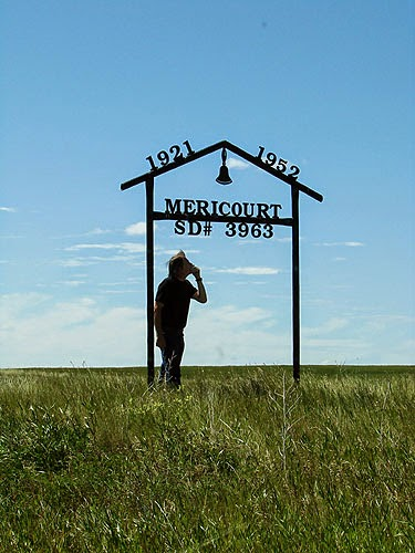 The former district (village?) of Mericourt, Alberta.  Only rubble remains.