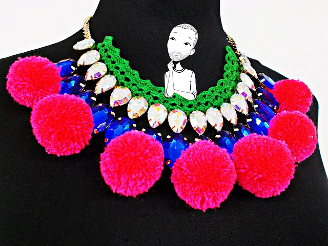 DIY-bisutería-collar-customizar-crochet-pompón-lana-1