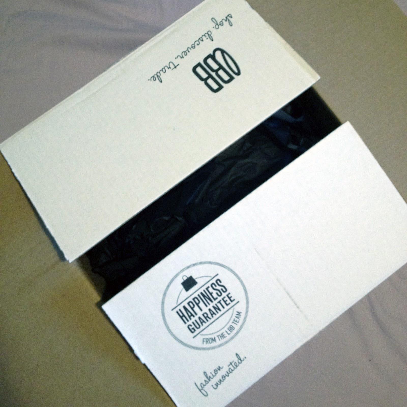 http://3.bp.blogspot.com/-0jOt3uh1eGo/T-N-zOYWgJI/AAAAAAAALS4/gH5hLWwCqNs/s1600/little+black+bag+opening+my+box.jpg