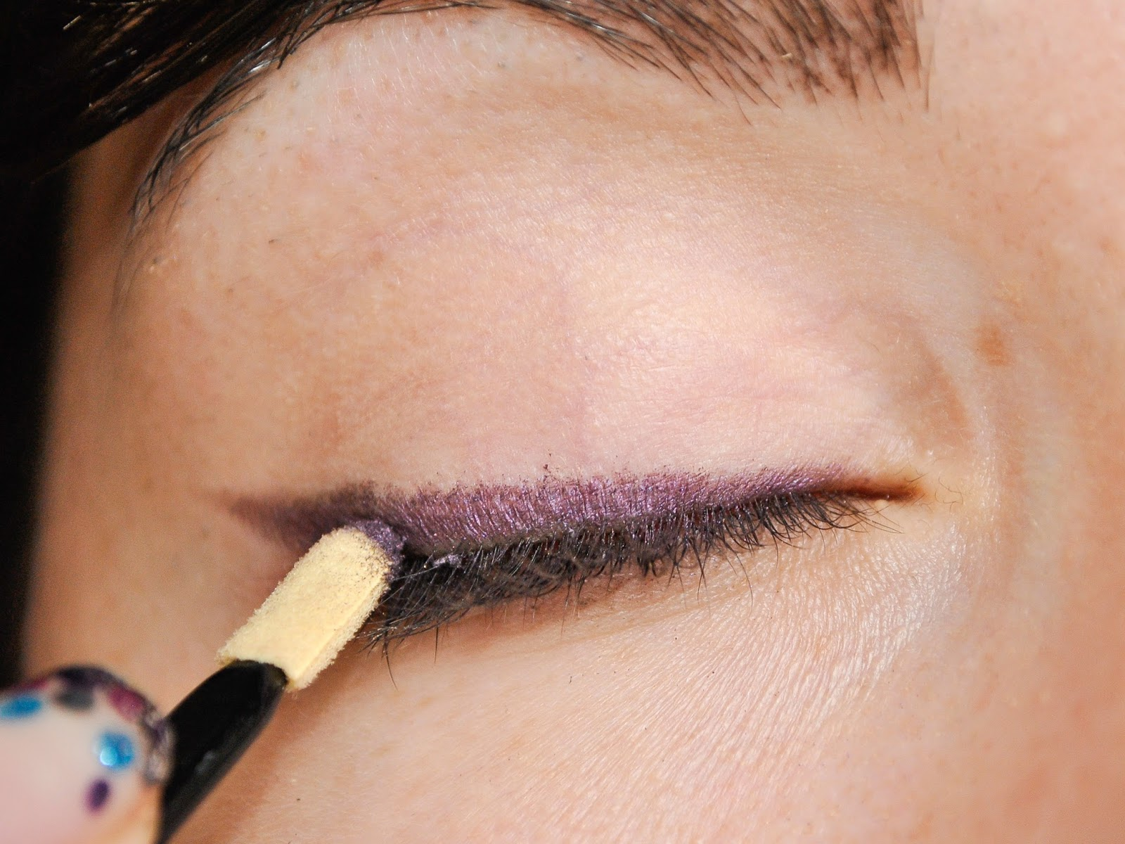 Fashion Is My Drug: How To Apply Makeup To Small Eyes