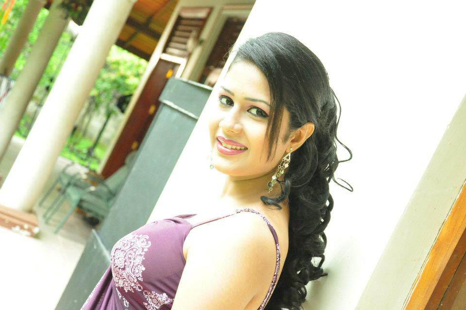 hot actress maheshi madushanka srilanka hor models 20113