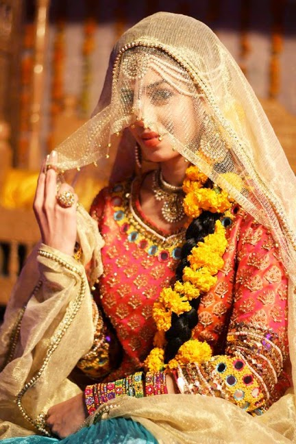 Bridal Beauty - the perfect pre-wedding beauty regime - Nadya on her mehndhi