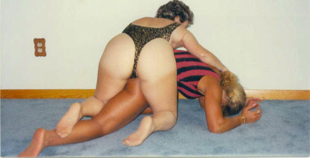 Mature lesbians with young lesbians tubgals