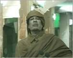 القذافي يواصل جهوده في إضحاك العالم