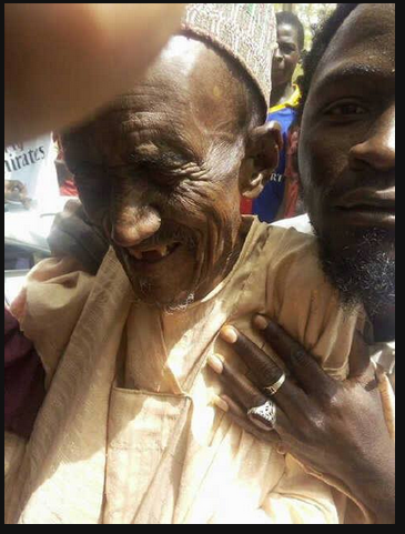 #NigeriaDecides; Picture of 117 Year Old Grandpa Getting Accredited In Gombe Goes Viral