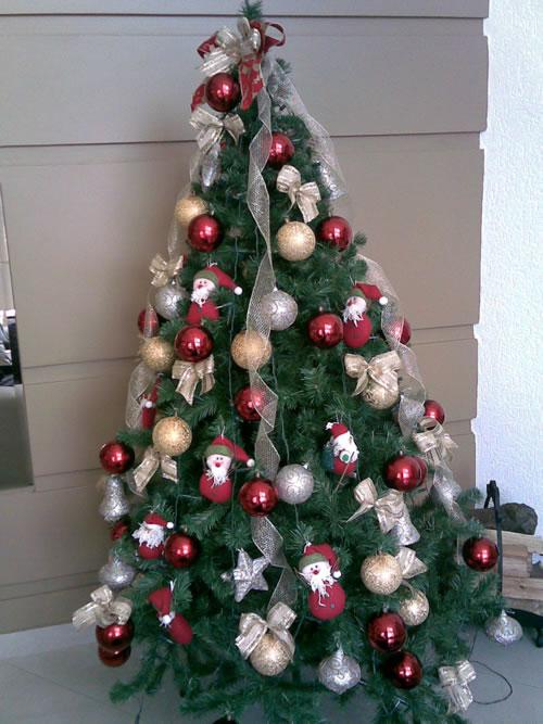 decorar uma arvore de natal : decorar uma arvore de natal:Enviar a mensagem por e-mail Dê a sua opinião! Partilhar no Twitter