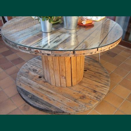Muebles reciclados con palets y bobinas muchisimos for Mesas de tarimas recicladas