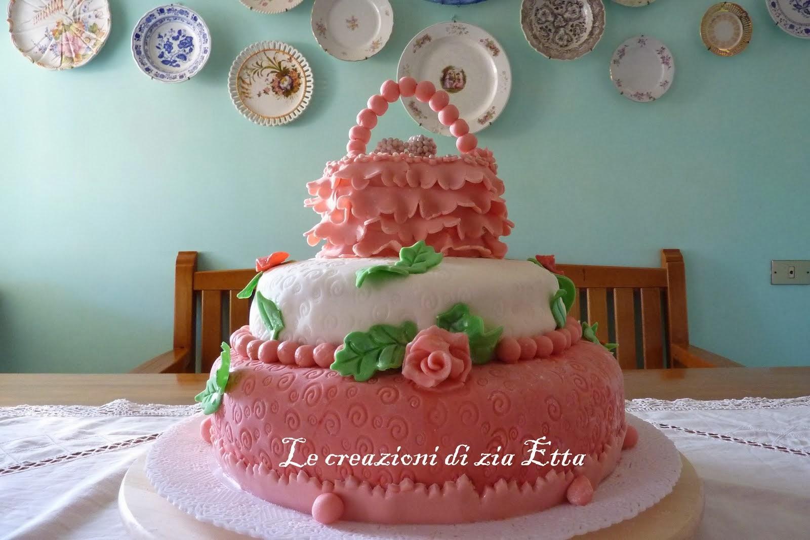 dolci in pasta di zucchero
