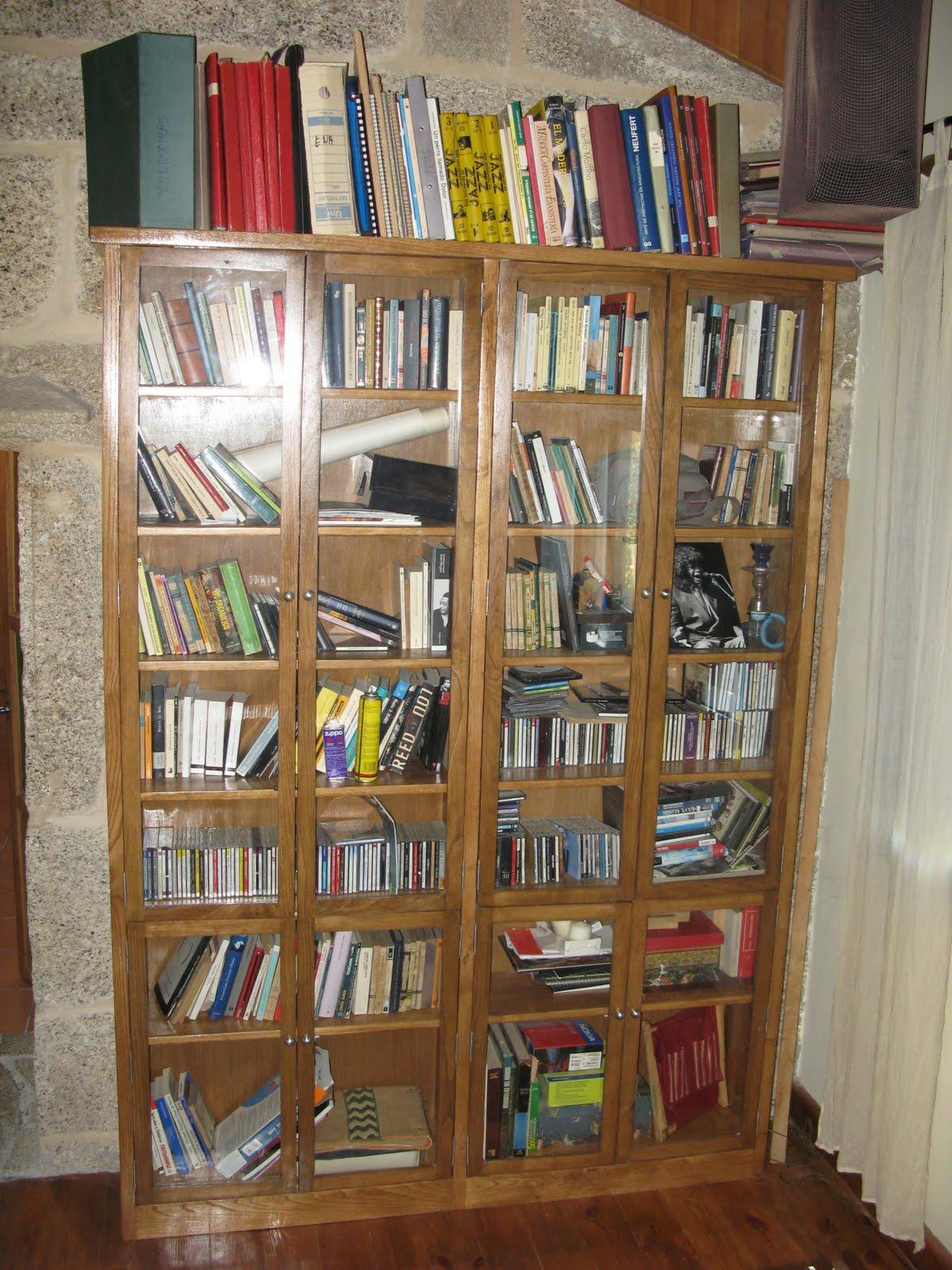 Carpinter a y jazz librer a con puertas de cristal - Libreria billy con puertas ...