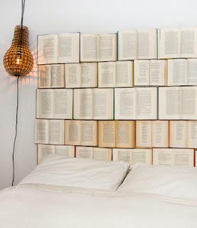 Récup pour tête de lit en recyclant les livres