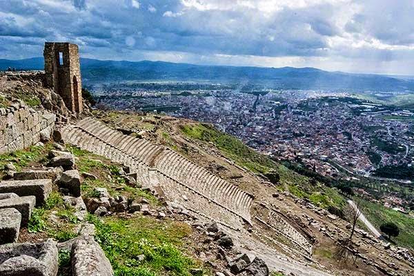 Acrophobic Pergamon Theatre