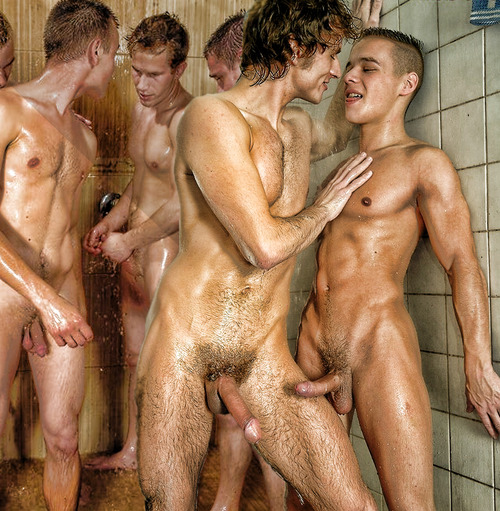 international gay escort hombres en la ducha