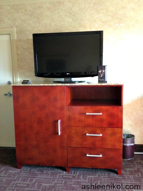 Flat Screen TV Bedroom Horseshoe Casino Southern Indiana