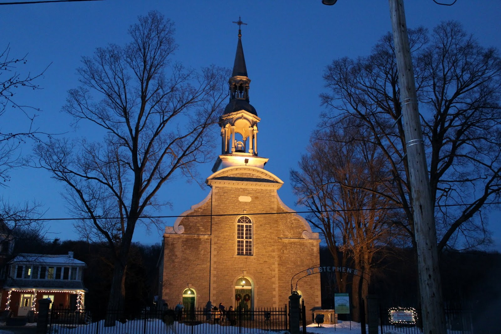 Front view of St. Stephen's at night