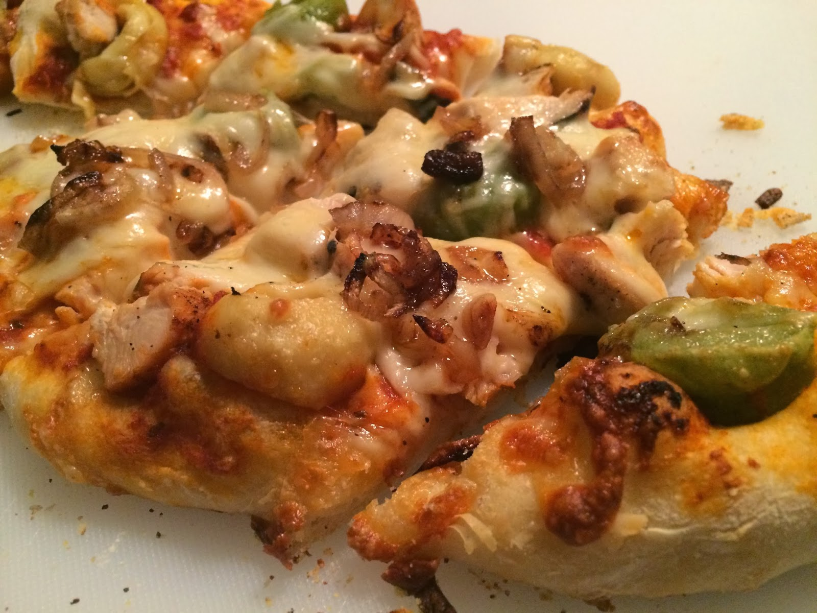 Chicken and Tortellini Pizza