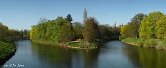 f) Hradec Králové