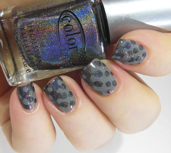 interlocking dot nail art