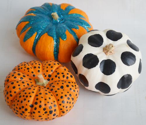 4 ways to decorate a mini pumpkin. Black Bedroom Furniture Sets. Home Design Ideas
