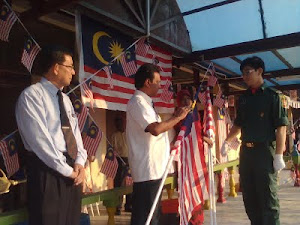 Kempen Kibarkan Jalur Gemilang MES 2011