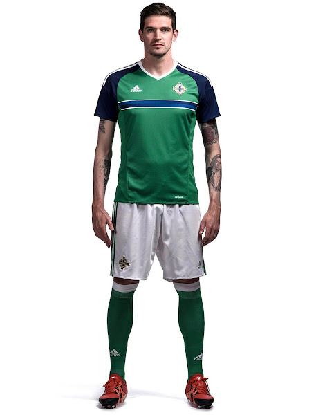 northern-ireland-euro-2016-home-kit-4.jpg