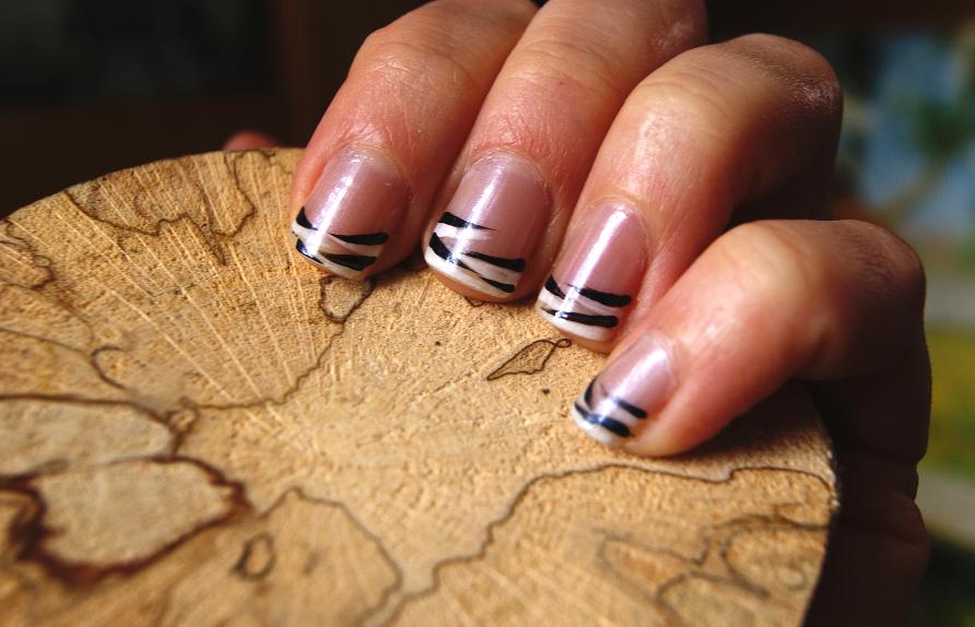 http://drewniana.blogspot.com/2014/03/zebra-nie-bedaca-zebra.html