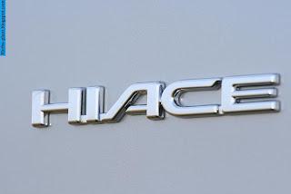 Toyota hiace car 2013 logo - صور شعار سيارة تويوتا هايس 2013
