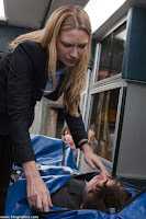 [4x01] - Neither Here Nor There Fringe-ep401_5+%25281%2529