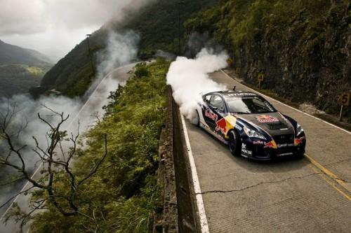 car in Relembrando Rhys Millen Fazendo Drift na Serra do Rio do Rastro