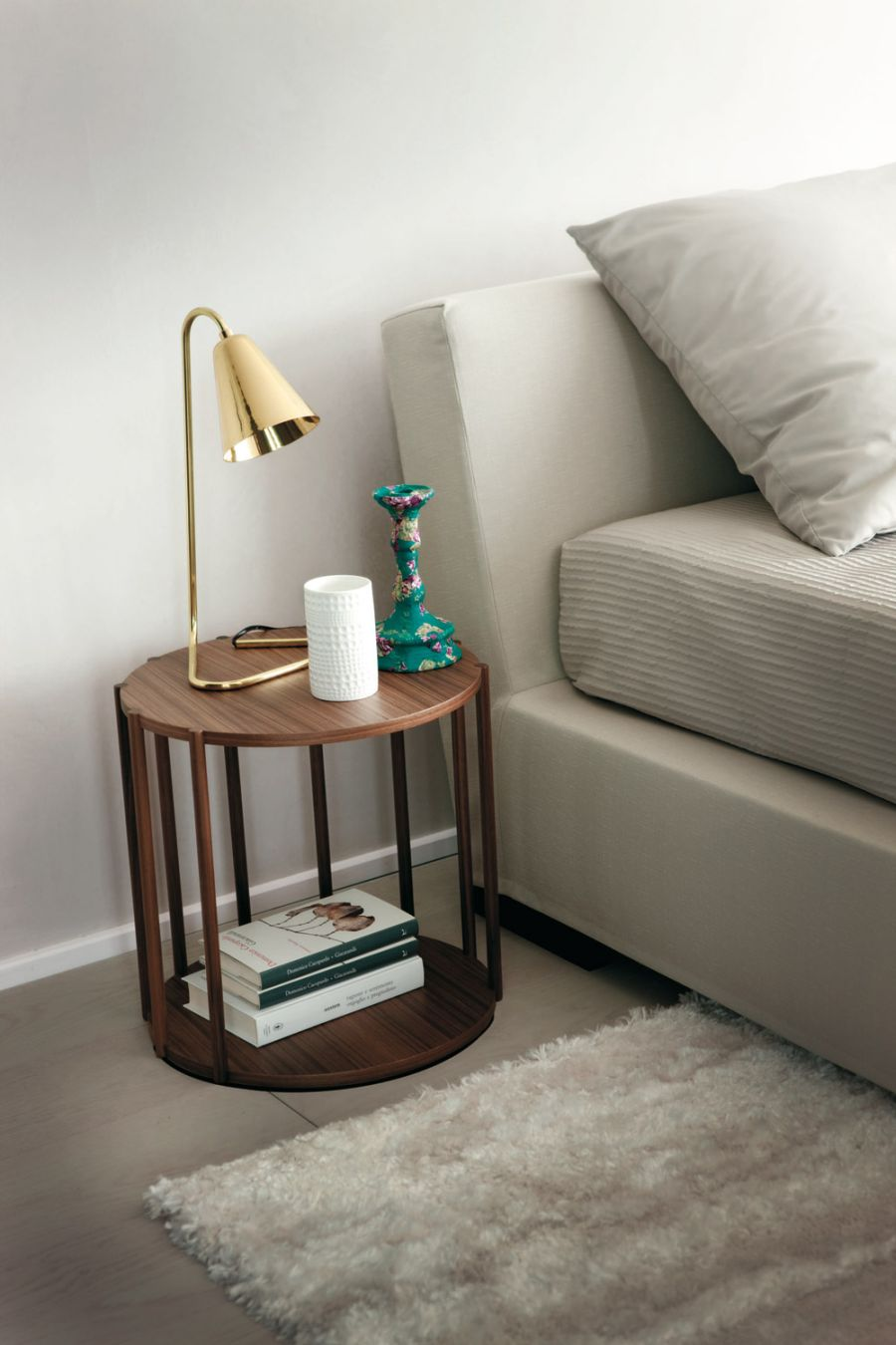 Modern day decor bedside table decor for Bed table decoration