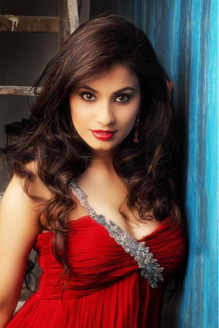 Manisha Kelkar hot photo shoot
