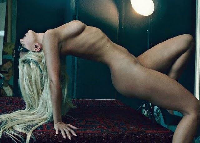 naken lady